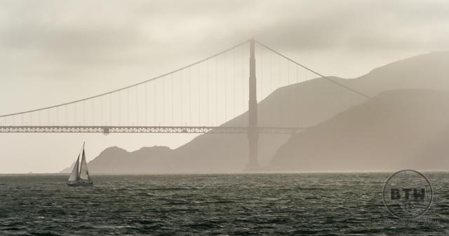 The Golden Gate Bridge, hazy with sunset | BIG tiny World Travel