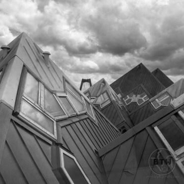 cube-houses-5