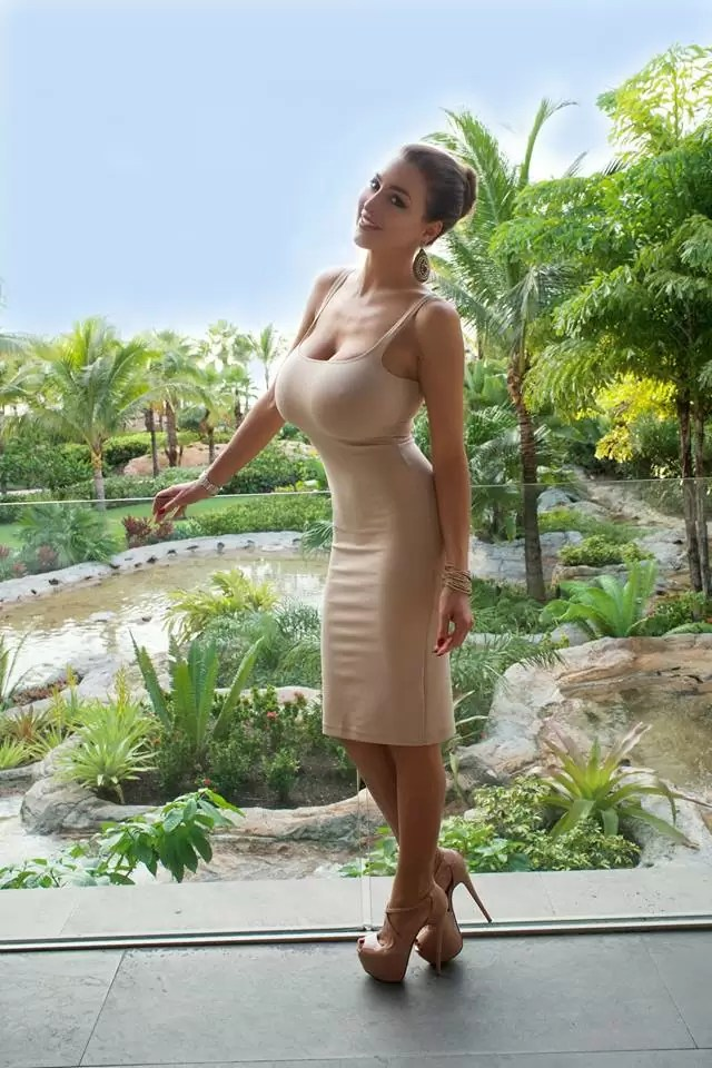 big boobs dress tumblr