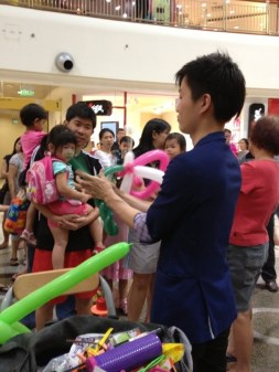 Balloon Sculpting at Compass Point