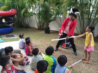 Kids Magician Mr Rabbit
