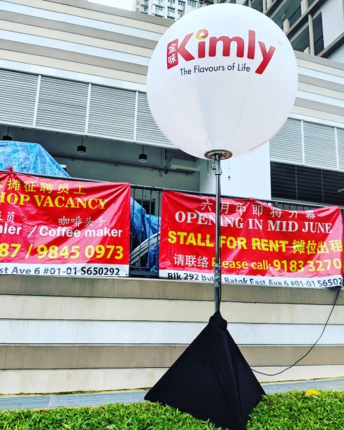 Lighted Tripod Balloon Stand for Kimly