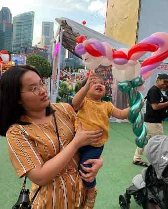 Marina Bay Carnival Balloon Sculpting