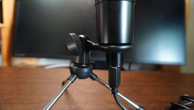 Zenloコンデンサーマイクの角度調整ネジ