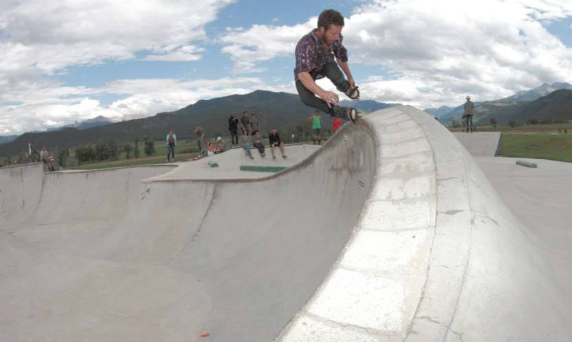 Dan Coleman with an ao fishbrain at the Ridgeway Skatepark during the 2013 Colorado road trip.