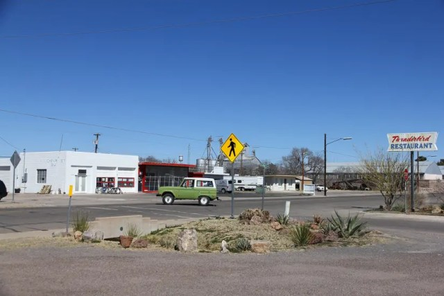 where to eat marfa