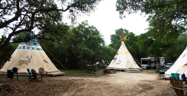 tipi glamping in texas