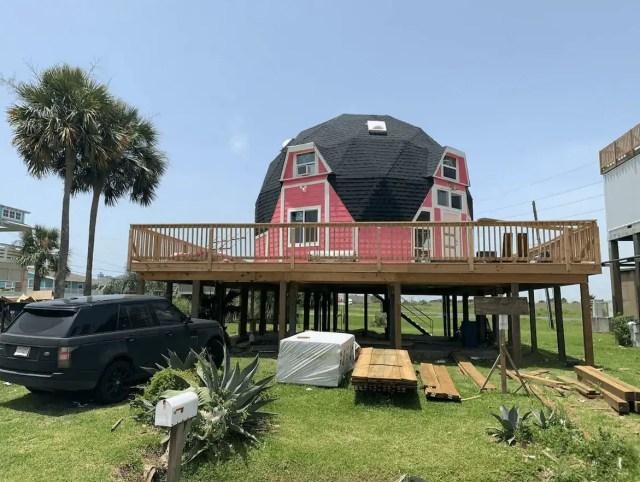 unique beach airbnbs