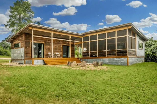 dog friendly hill country rental