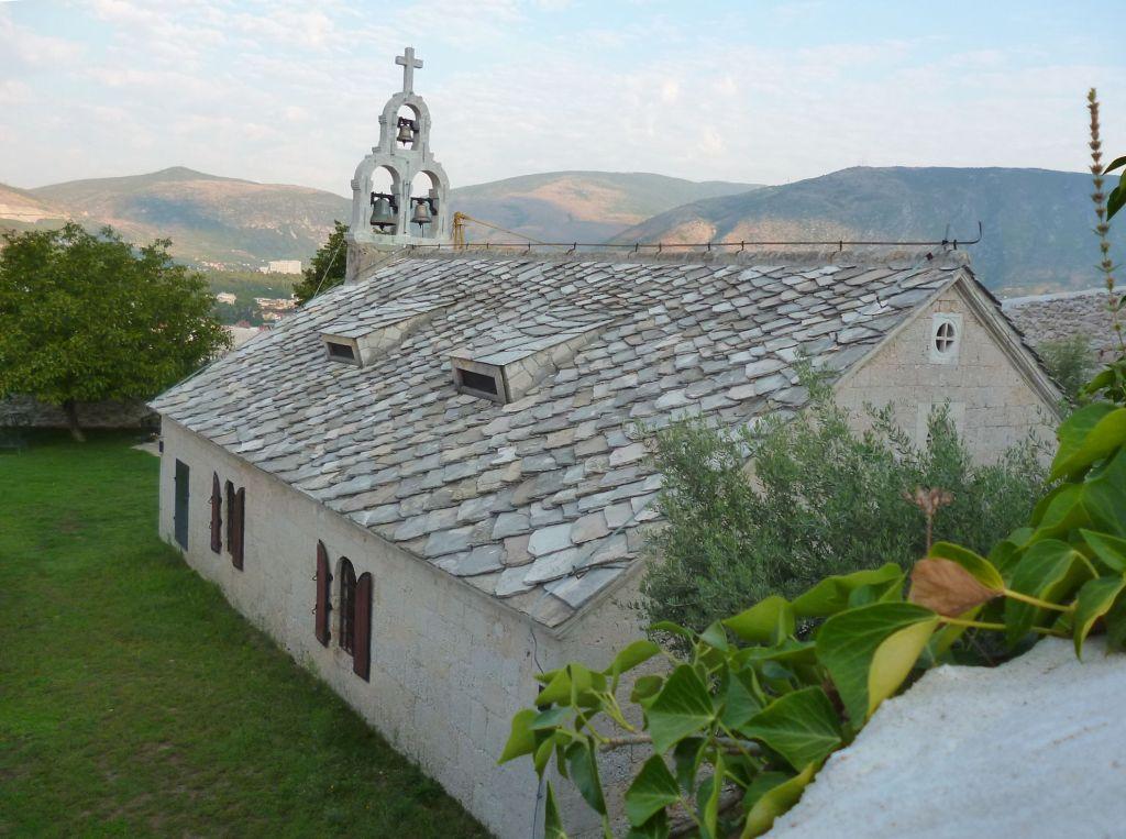 Вид на церковь сверху. Фото: Елена Арсениевич, CC BY-SA 3.0