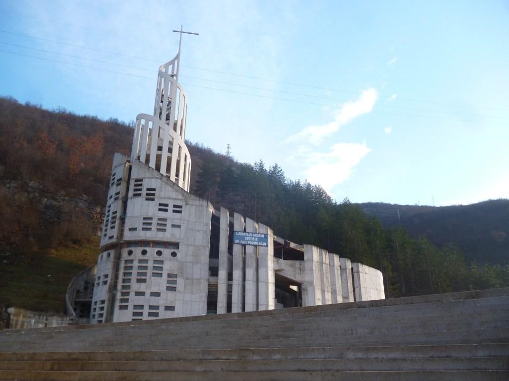 Новая церковь в Подмилачье. Фото: Елена Арсениевич, CC BY-SA 3.0