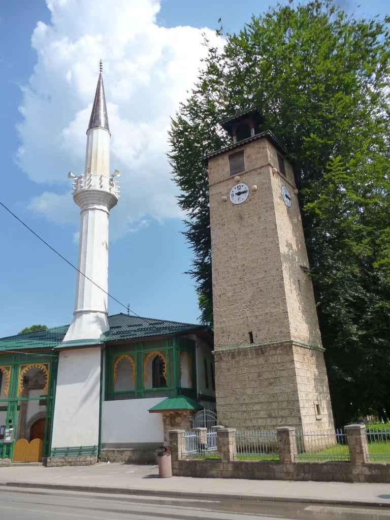 Мечеть и часовая башня в Горней чаршии. Фото: Елена Арсениевич, CC BY-SA 3.0