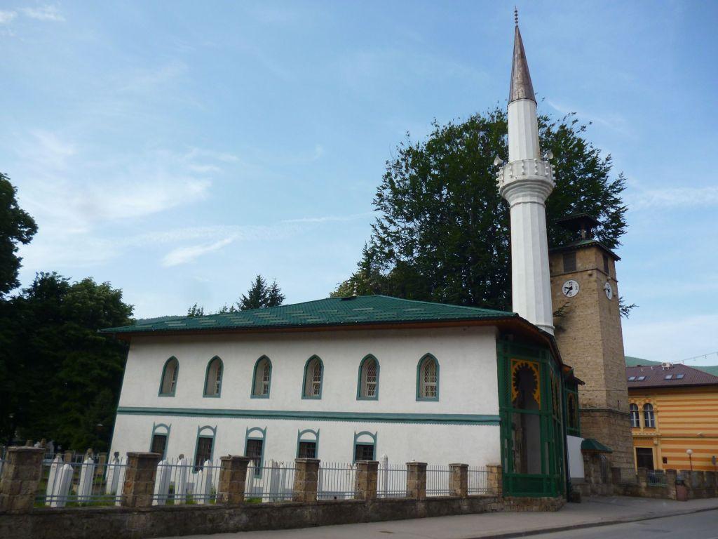 Мечеть Али-бега в профиль. Фото: Елена Арсениевич, CC BY-SA 3.0