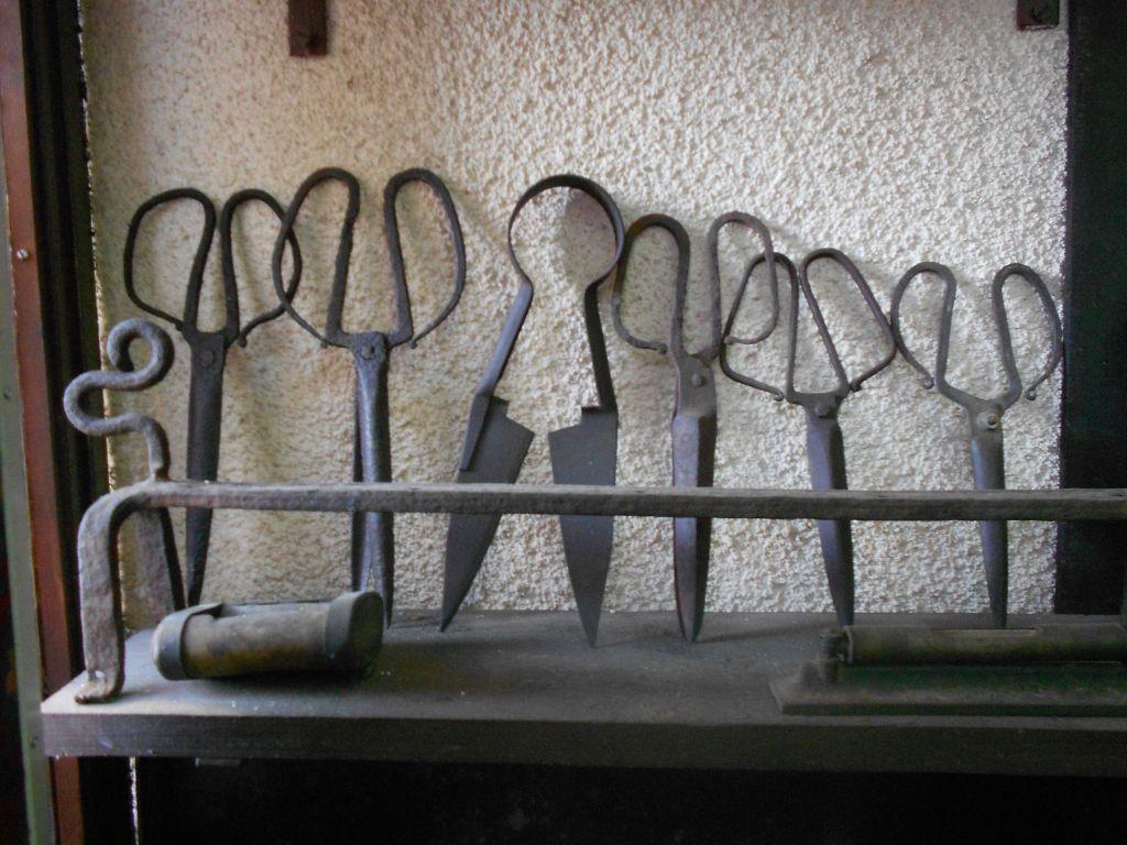 Ножницы для стрижки овец. Фото: Елена Арсениевич, CC BY-SA 3.0
