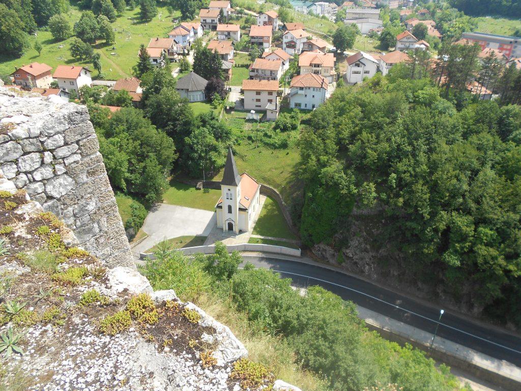 Вид с крепостной стены. Фото: Елена Арсениевич, CC BY-SA 3.0