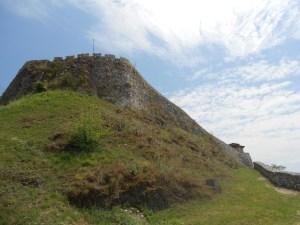 Крепостная стена. Фото: Елена Арсениевич, CC BY-SA 3.0