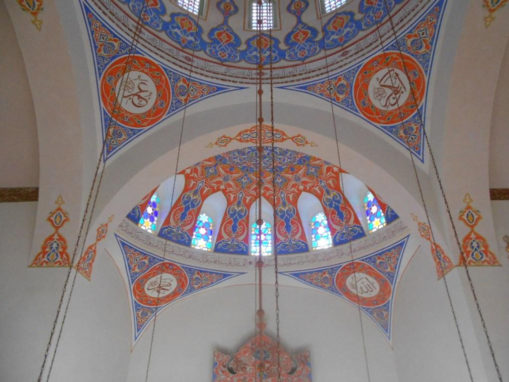 Росписи в мечети. Фото: Елена Арсениевич, CC BY-SA 3.0