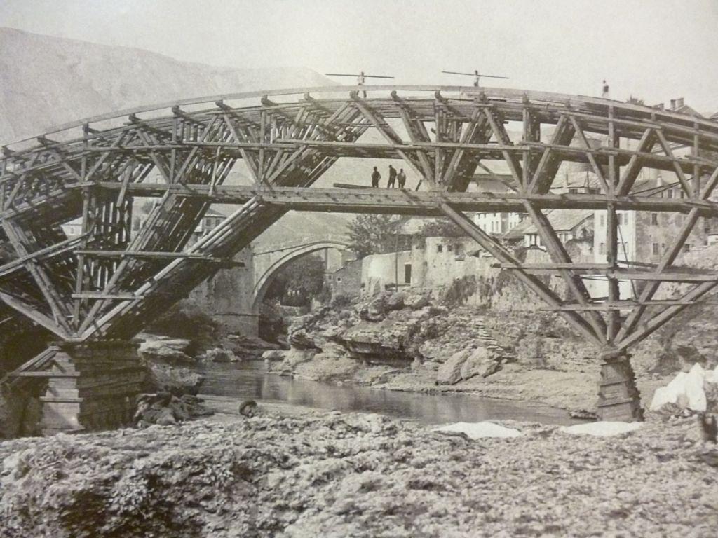 Строительство Лучского моста. Автор фото неизвестен