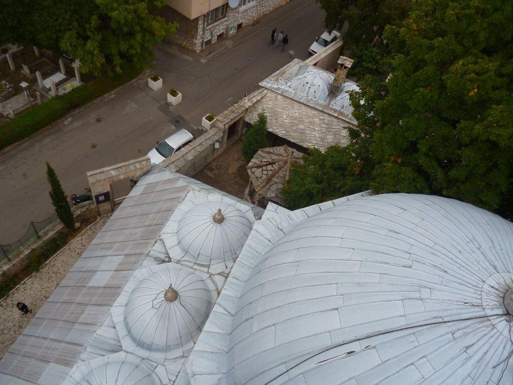 Купола Караджозбеговой мечети. Фото: Елена Арсениевич, CC BY-SA 3.0