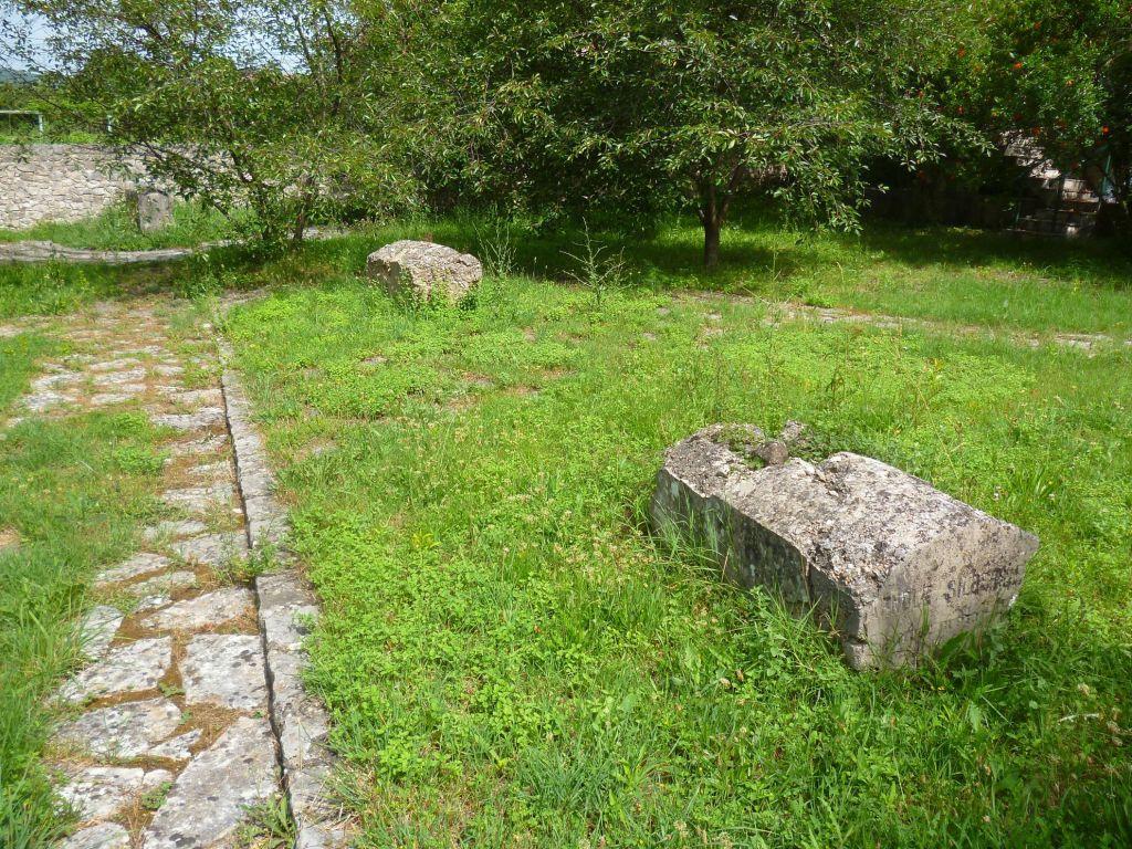 Надгробные памятники двух солдат австро-венгерской армии. Фото: Елена Арсениевич, CC BY-SA 3.0