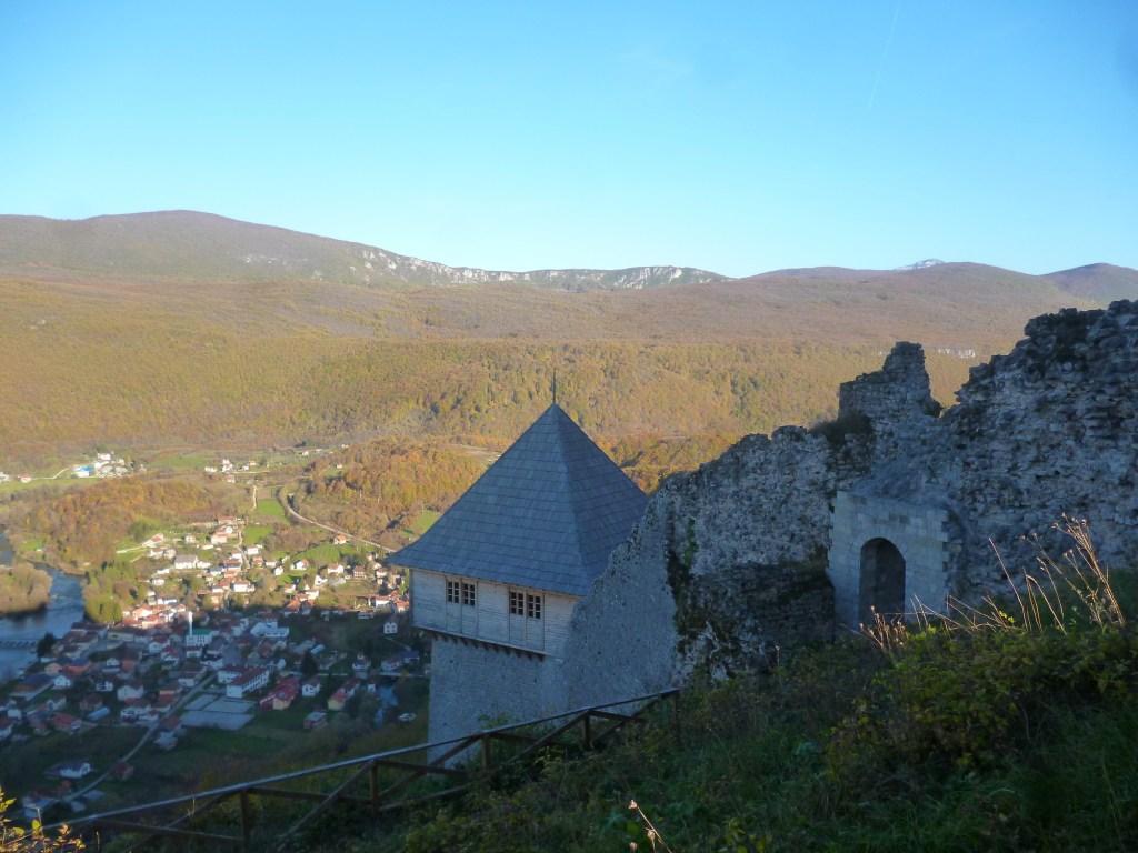 Отреставрированная часть крепости. Фото: Елена Арсениевич, CC BY-SA 3.0