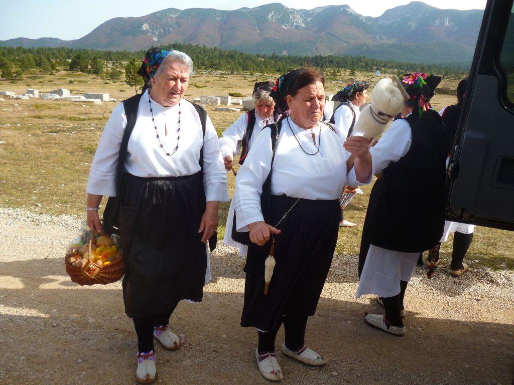Фольклорный коллектив на Блидинье. Фото: Елена Арсениевич, CC BY-SA 3.0