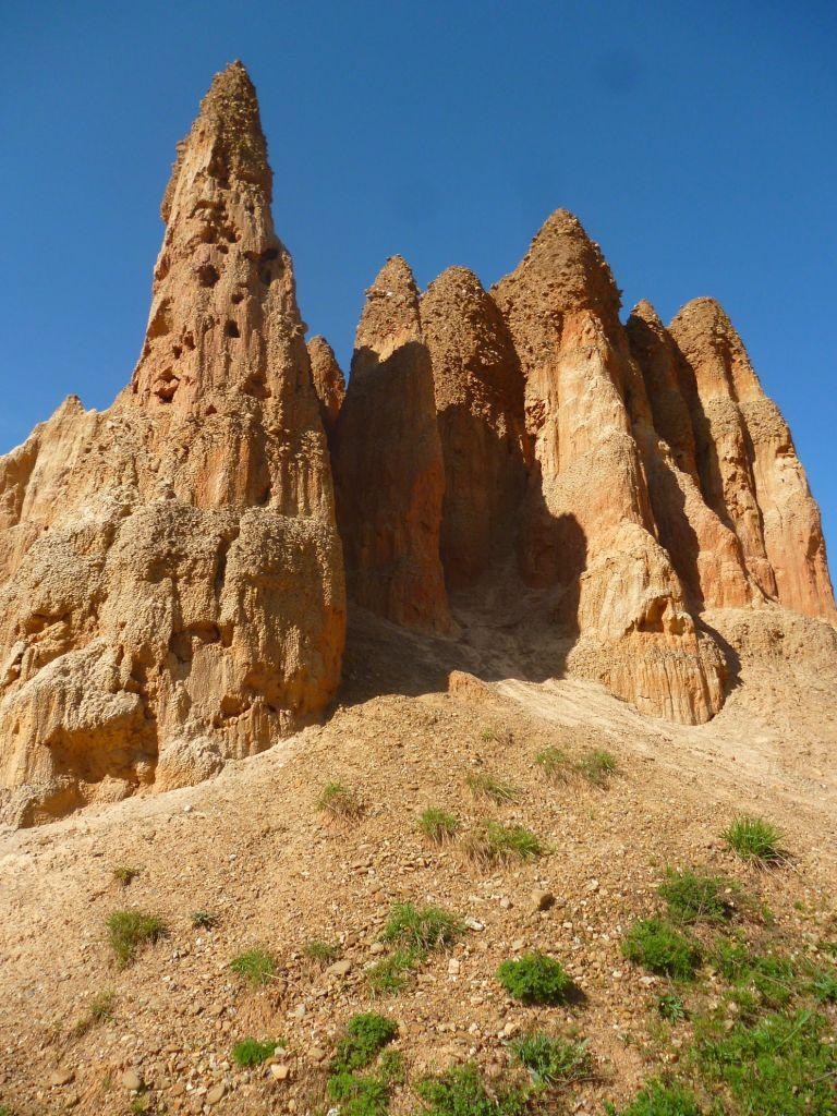 Песчаные пирамиды у Фочи. Фото: Елена Арсениевич, CC BY-SA 3.0