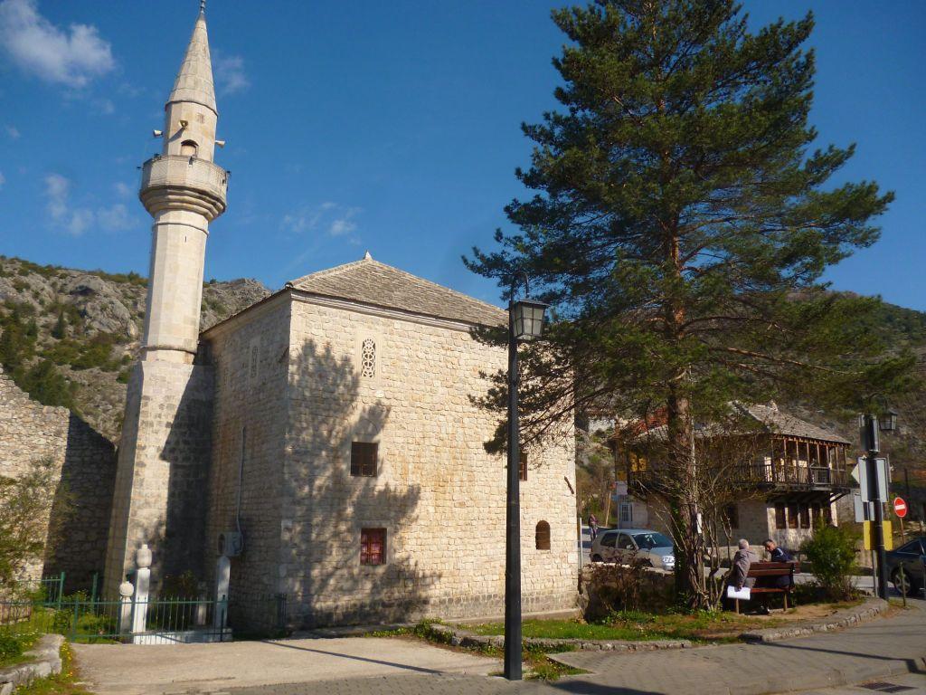 Подградская мечеть в Столаце. Фото: Елена Арсениевич, CC BY-SA 3.0