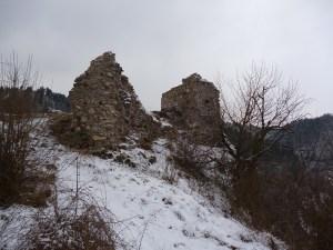Крепость Прусац, остатки укреплений. Фото: Елена Арсениевич, CC BY-SA 3.0
