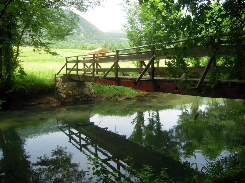 Река Крупа. Фото: Rade Nagraisalović, CC-BY-SA-4.0,3.0,2.5,2.0,1.0