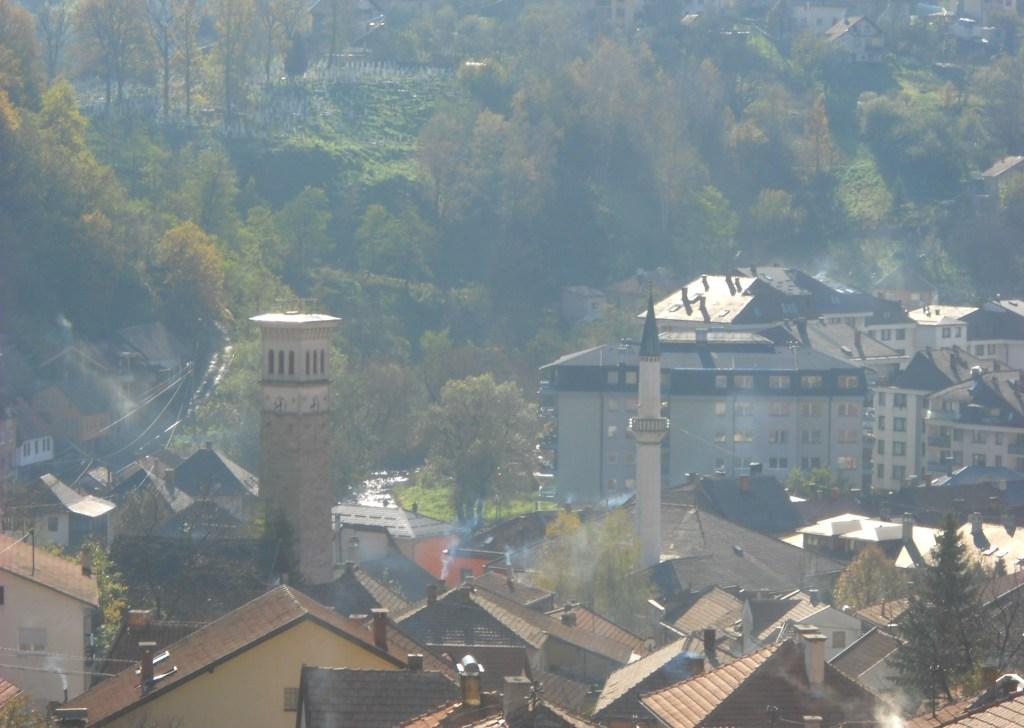 Сахат-кула в городском пейзаже. Фото: Елена Арсениевич, CC BY-SA 3.0