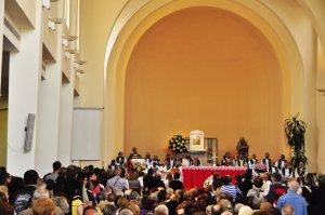 Месса в церкви. Фото: gnuckx, CC-BY-2.0
