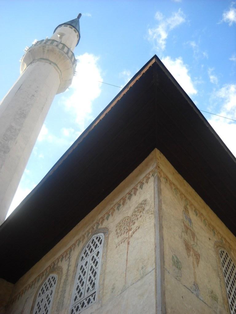 Минарет Шареной мечети. Фото: Елена Арсениевич, CC BY-SA 3.0