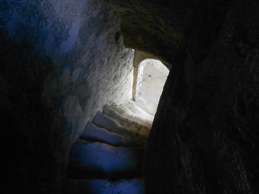 Лестница внутри стены. Фото: Елена Арсениевич, CC BY-SA 3.0