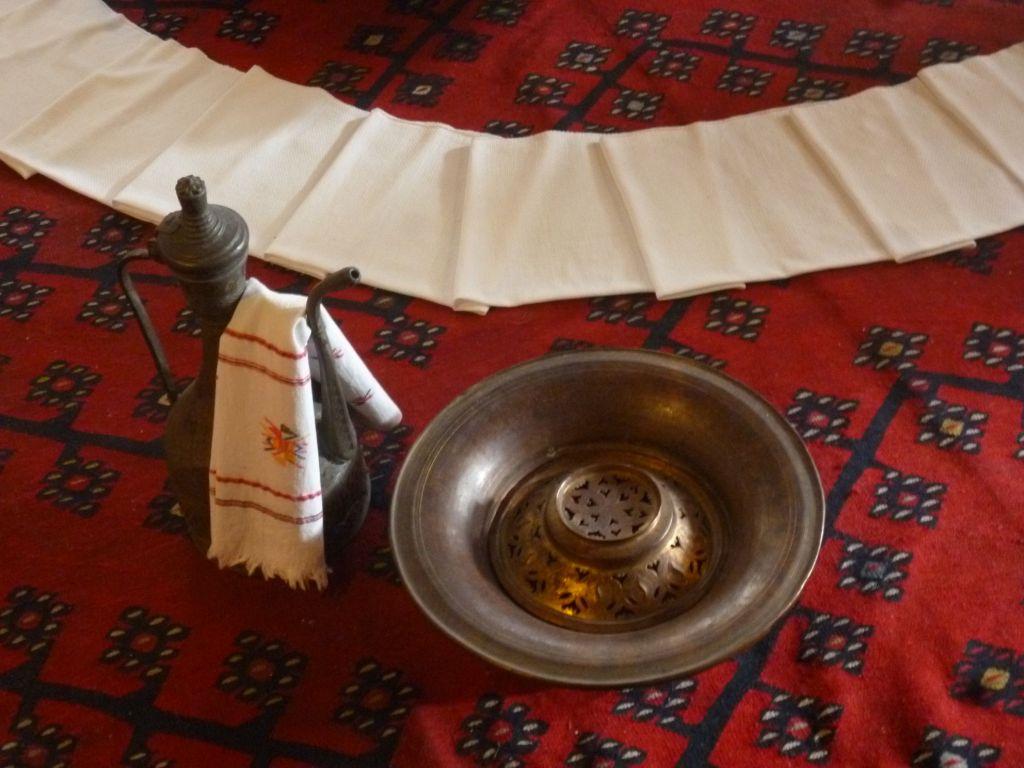 Леген, ибрик и полотенце. Дом Сврзо. Сараево. Фото: Елена Арсениевич, CC BY-SA 3.0