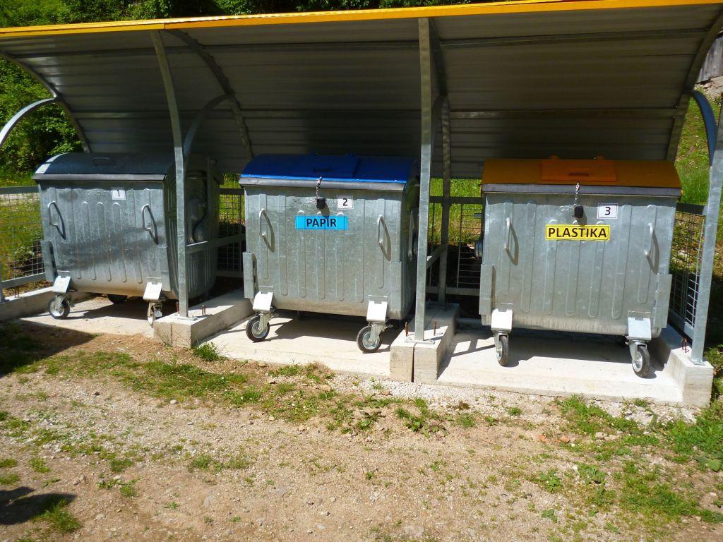Вранцы. Сортирование мусора здесь обычная практика. Фото: Елена Арсениевич, CC BY-SA 3.0