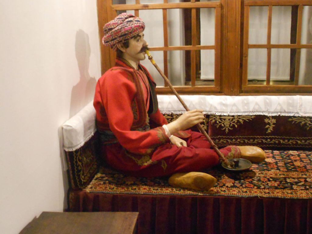 Бег на сечии. Этнографическая коллекция Земальского музея в Сараево. Фото: Елена Арсениевич, CC BY-SA 3.0