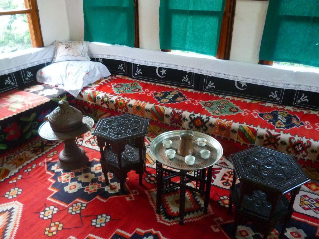 Комната для приёма гостей. Дом Бичшевича. Мостар. Фото: Елена Арсениевич, CC BY-SA 3.0