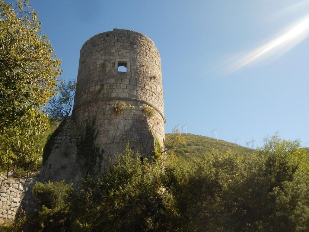 Башня в Требине. Фото: Елена Арсениевич, CC BY-SA 3.0