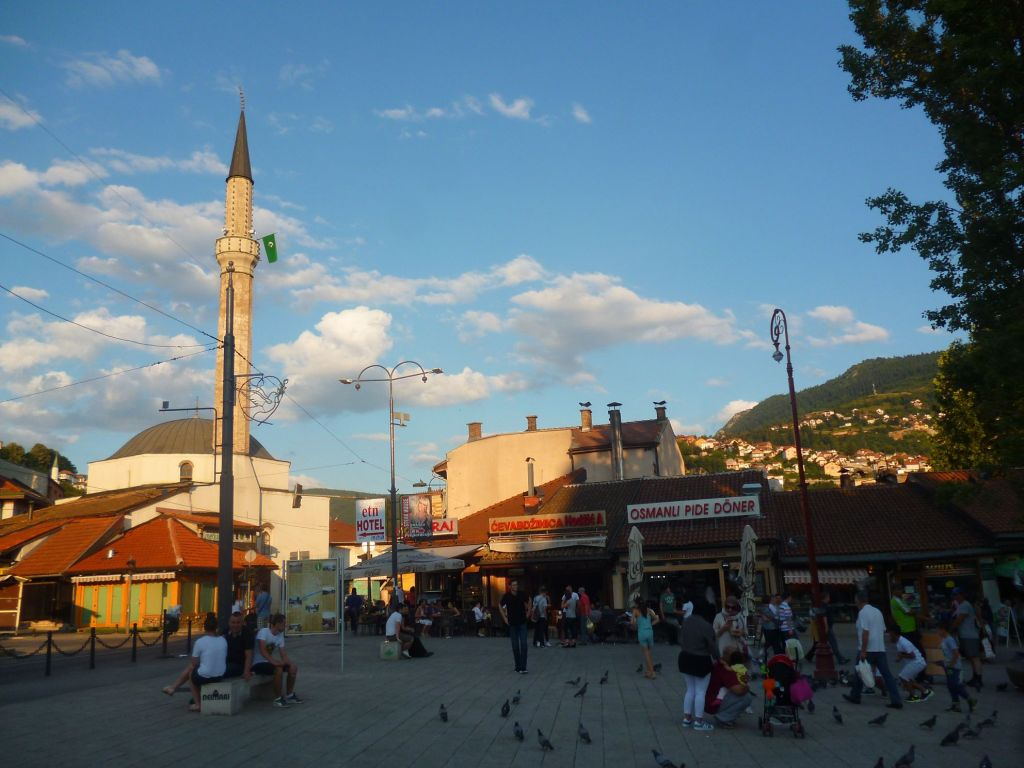 Чекрекчиина мечеть, вид с площади Башчаршия. Фото: Елена Арсениевич, CC BY-SA 3.0