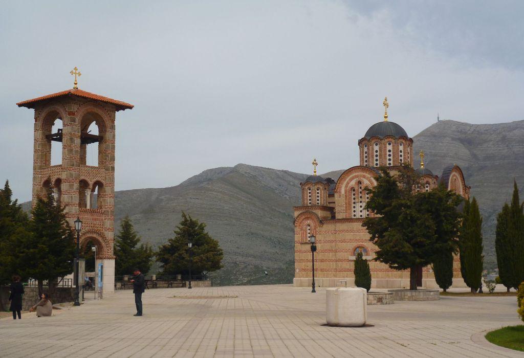 Церковь Благовещения и колокольня. Фото: Елена Арсениевич, CC BY-SA 3.0