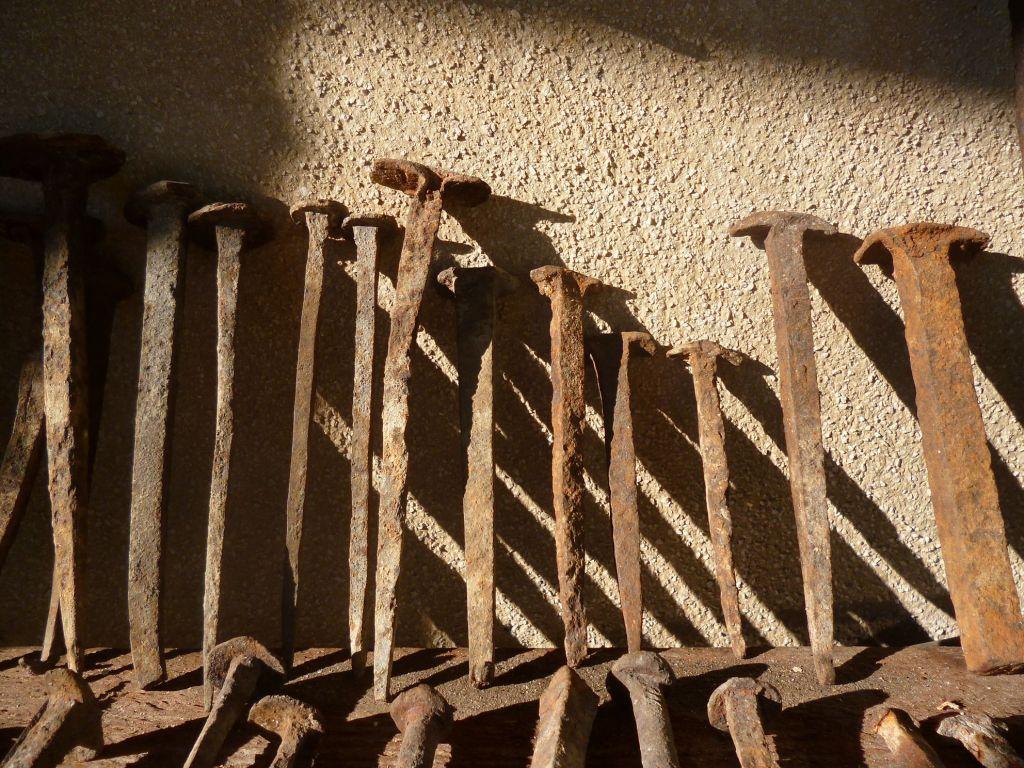 Старинные кованые гвозди. Фото: Елена Арсениевич, CC BY-SA 3.0