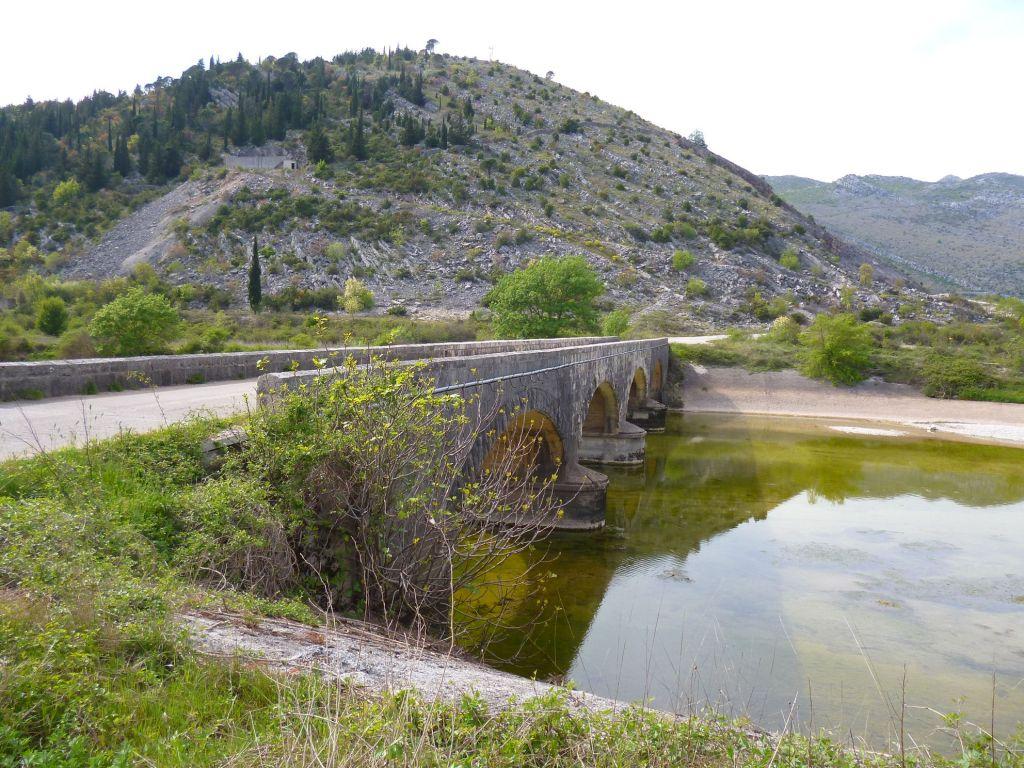 Мост над Требишницей. Фото: Елена Арсениевич, CC BY-SA 3.0