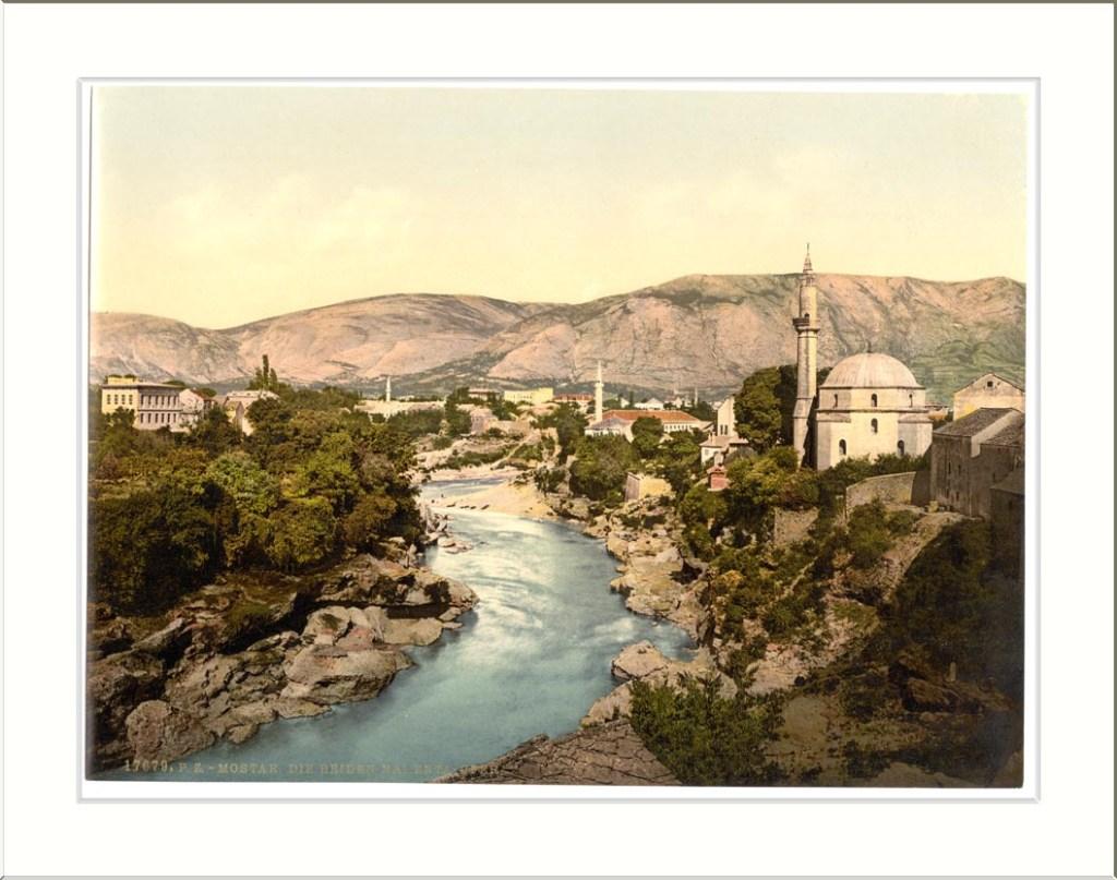 Мечеть Коски Мехмеда-паши на старой открытке. Snapshots Of The Past, CC BY-SA 2.0