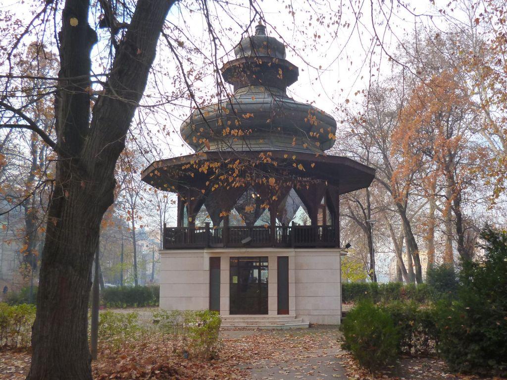 Павильон по проекту Йосипа Поспишила. Фото: Елена Арсениевич, CC BY-SA 3.0