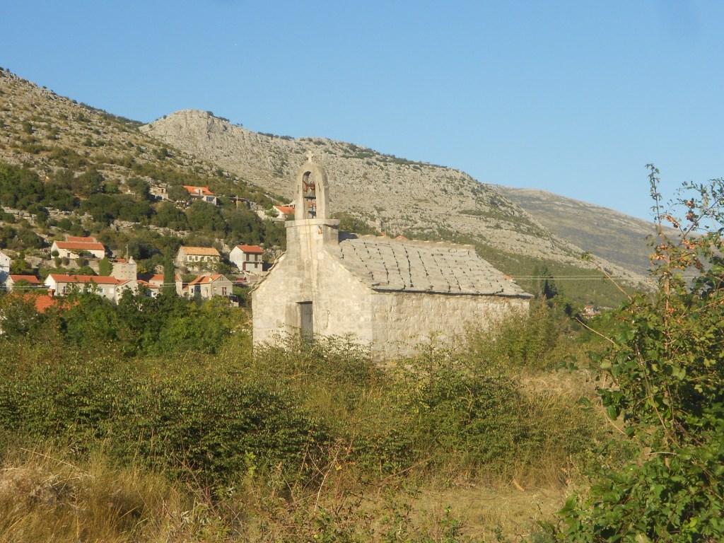 Церковь в селе Мостачи. Фото: Елена Арсениевич, CC BY-SA 3.0