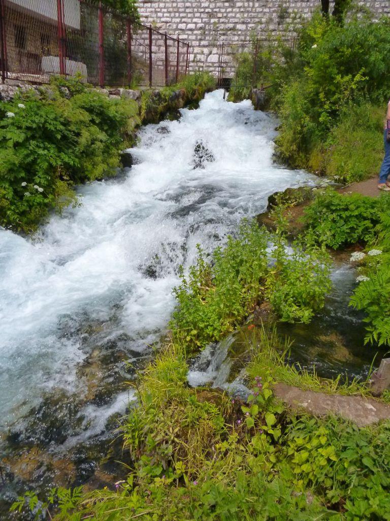 Плава вода в Травнике. Фото: Елена Арсениевич, CC BY-SA 3.0