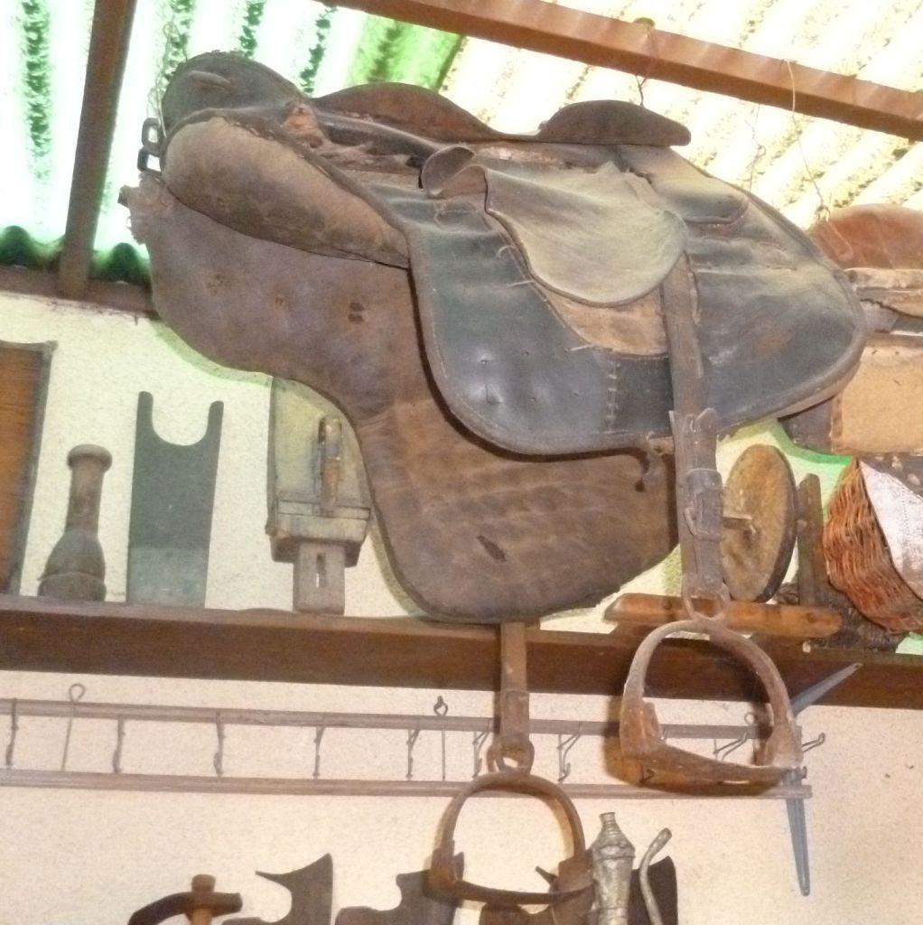 Старое седло. Музей ремёсел в Ливно. Фото: Елена Арсениевич, CC BY-SA 3.0