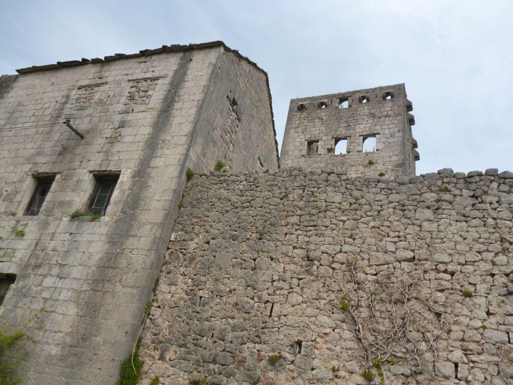 Башня. Фото: Елена Арсениевич, CC BY-SA 3.0