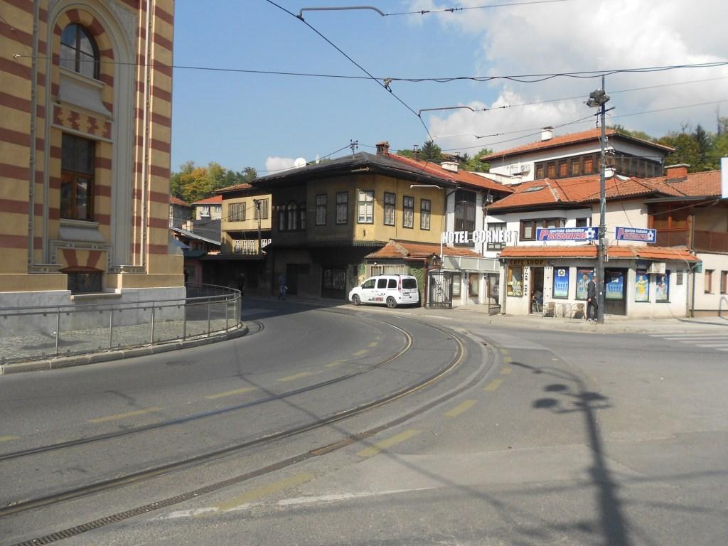 Поворот с набережной на Телали. Фото: Елена Арсениевич, CC BY-SA 3.0